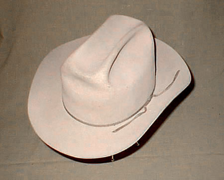 Vintage Resistol hat in Silver Belly color. This is a nice looking hat and  a real pleasure to wear. 721590a1d55